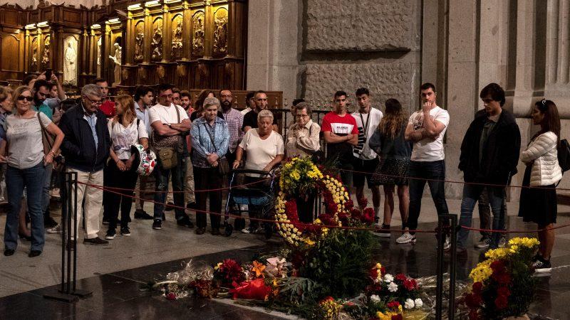Las últimas visitas a la tumba de Franco en el Valle de los Caídos
