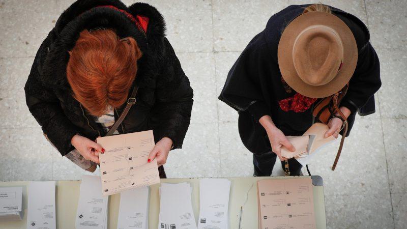 Más de 37 millones de españoles están llamados a votar este domingo