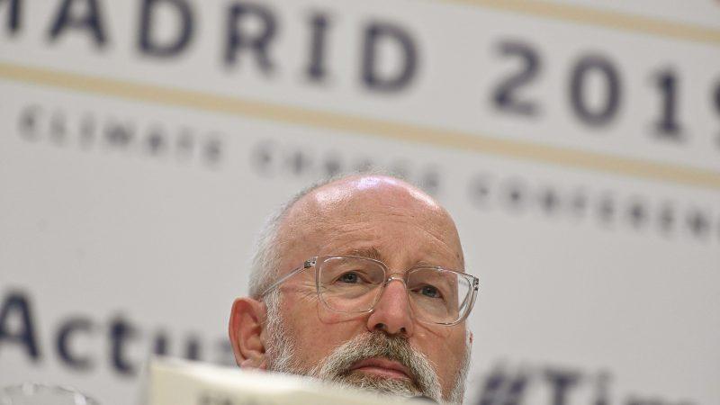 Timmermans debate con jóvenes cómo materializar el Pacto Verde Europeo